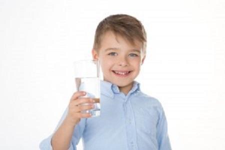 بیاختیاری ادرار در کودکان چگونه درمان میشود؟